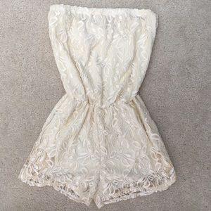 KIRRA Cream Allover Lace Strapless Romper